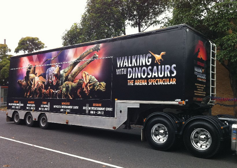 WALKING WITH DINOSAURS · 08